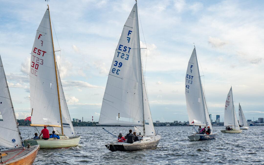 In Estonian / eesti keeles: Folkbootide 2021. aasta Gold Cupi eel-regamine on avatud